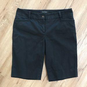 WHBM slim Bermuda shorts, sz 4